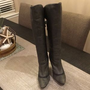 Steve Madden Knee Boot; Distressed Grey; Size 9